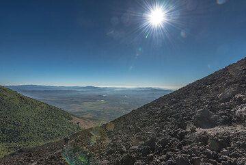 The flank of Pacaya's summit cone. (Photo: Tom Pfeiffer)