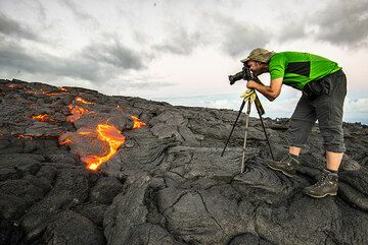 Hasta fotografiar lava pahoehoe activo en Kilauea, Hawai (Photo: Tom Pfeiffer)