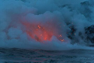 Small littoral explosion as water gets trapped inside or beneath hot lava. (Photo: Tom Pfeiffer)