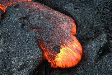 Moving lava toe (Photo: Tom Pfeiffer)
