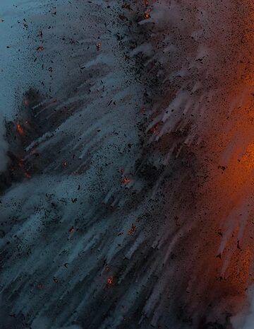 Dark fragments falling back to the sea (Photo: Tom Pfeiffer)