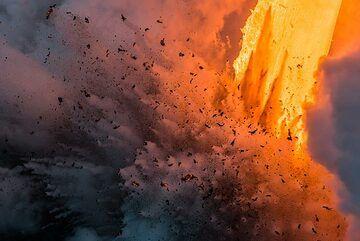 Littoral explosion (Photo: Tom Pfeiffer)