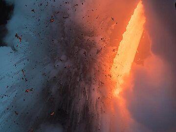 Morning explosion (1) (Photo: Tom Pfeiffer)