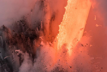 Chaos (Photo: Tom Pfeiffer)