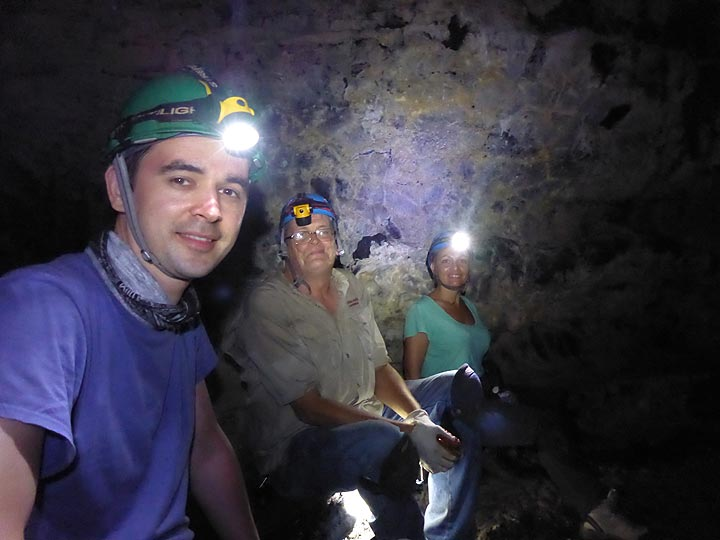 Day 4: Enjoying to explore the different textures and tunnels of this lava ´cave´ system! (Photo: Ingrid Smet)