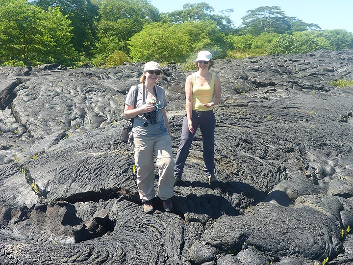 Day 5: Exploring the textures of the 2015 Pahoa lava flow (Photo: Ingrid Smet)