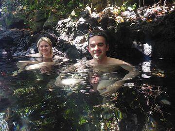 Day 5: Enjoying a soak in a hydrothermal spring near the coast (Photo: Ingrid Smet)
