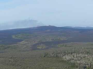 Extension day 3: Closer view towards the lava shield with active Pu´u O´o crater from where volcanic gasses rise up (Photo: Ingrid Smet)