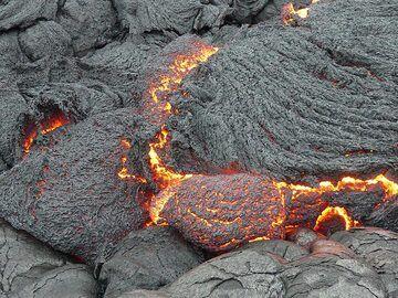 Close-up of lava flow (Photo: Ingrid Smet)
