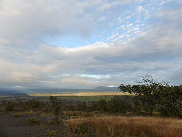 The summit of Mauna Loa is often covered with a blanket of clouds (Photo: Ingrid Smet)