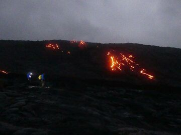 Well before sunrise on the 5th day we started our hike towards the active lava flows that were running down the pali from the ongoing eruption of Pu'u O'o vent in the East rift zone (Photo: Ingrid Smet)