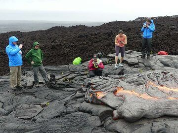 Observing and photographing the flow front of active pahoehoe lava flows (Photo: Ingrid Smet)