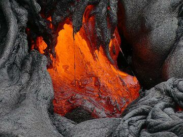 Close up of an active lava outbreak (Photo: Ingrid Smet)