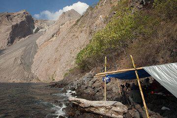 Camp facing Batu Tara volcano (Photo: Tom Pfeiffer)