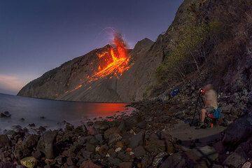 Batu Tara volcano Nov 2015: expedition impressions (Photo: Tom Pfeiffer)
