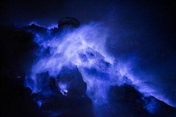 Burning sulfur - Ijen's blue flames at night (East Java, Indonesia) (Photo: Tom Pfeiffer)
