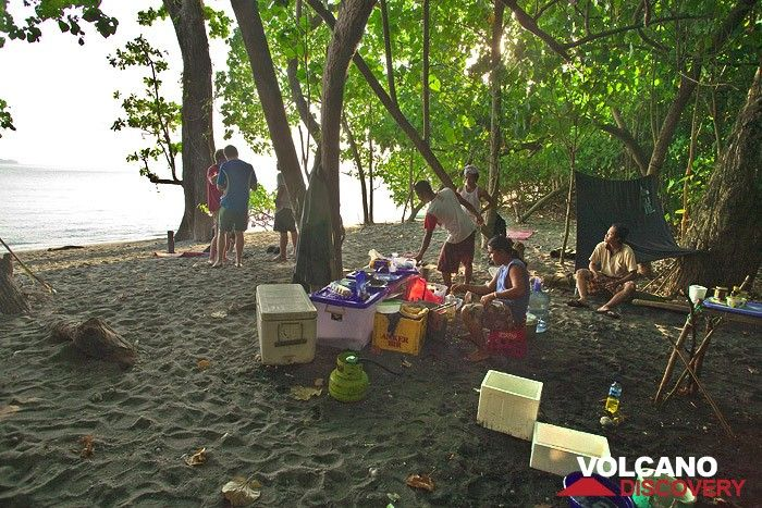 The VolcanoDiscovery camping on Rakata island in July 2009 (Photo: Tobias Schorr)