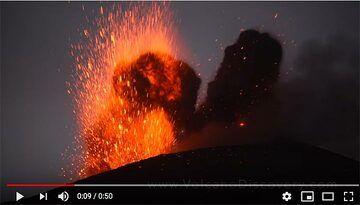 Krakatau volcano (Indonesia): Nov 2018 videos (Photo: Tom Pfeiffer)