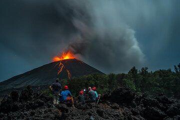 krakatau_k19547.jpg (Photo: Tom Pfeiffer)