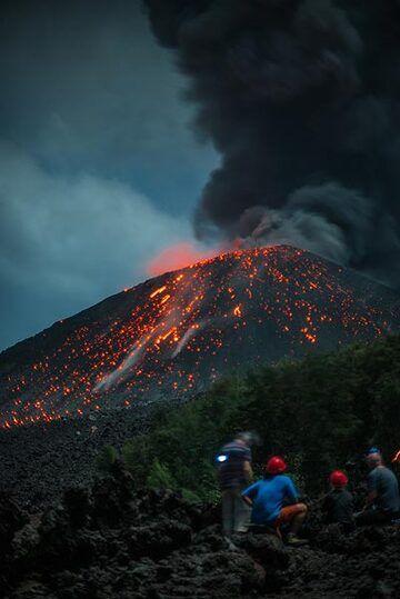 krakatau_k19557.jpg (Photo: Tom Pfeiffer)