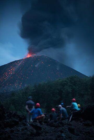 krakatau_k19562.jpg (Photo: Tom Pfeiffer)
