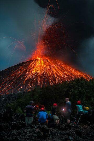 Eruption #3 in the series. (Photo: Tom Pfeiffer)