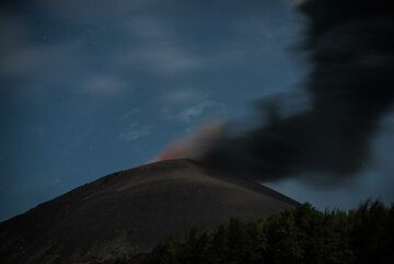 krakatau_k19757.jpg (Photo: Tom Pfeiffer)