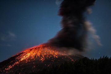krakatau_k19764.jpg (Photo: Tom Pfeiffer)