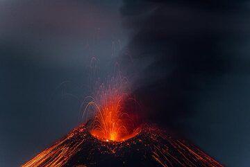 krakatau_k19786.jpg (Photo: Tom Pfeiffer)