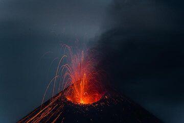 krakatau_k19787.jpg (Photo: Tom Pfeiffer)