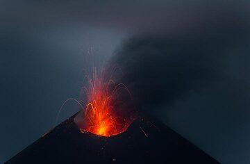 krakatau_k19796.jpg (Photo: Tom Pfeiffer)