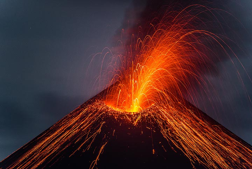 krakatau_k19809.jpg (Photo: Tom Pfeiffer)
