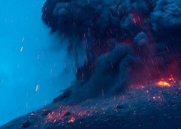 krakatau_k19879.jpg (Photo: Tom Pfeiffer)