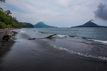 Beach on Long island (Photo: Tom Pfeiffer)