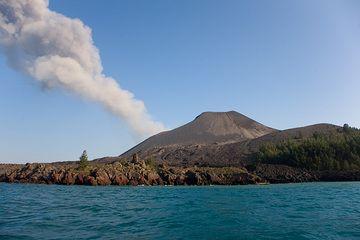 Anak Kraktau with the 1993 lava flow on the east coast. (Photo: Tom Pfeiffer)