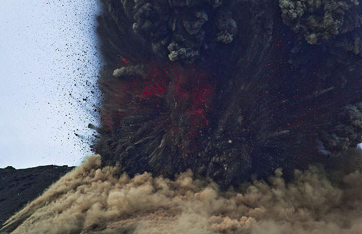 Same view a fraction of seconds later. Rocks and ash continue to explode. (Photo: Tom Pfeiffer)