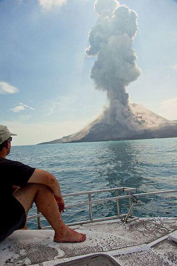 krakatau_i3435.jpg (Photo: Tom Pfeiffer)