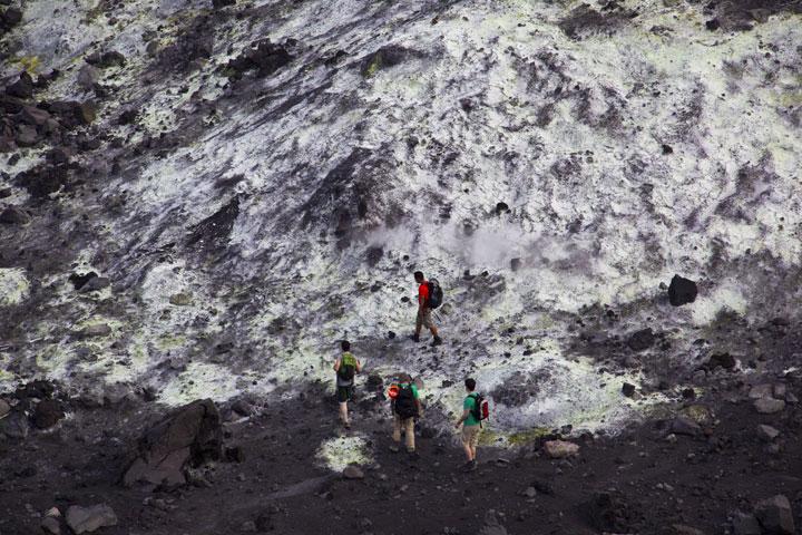 krakatau_i54244.jpg (Photo: Tom Pfeiffer)
