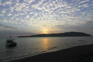 krakatau_paul_0416.jpg (Photo: Paul Reichert)
