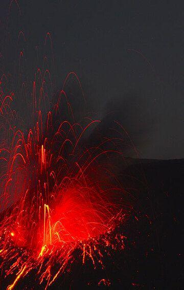 krakatau_d21442.jpg (Photo: Tom Pfeiffer)