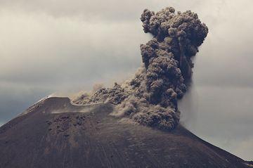 krakatau_i36981.jpg (Photo: Tom Pfeiffer)