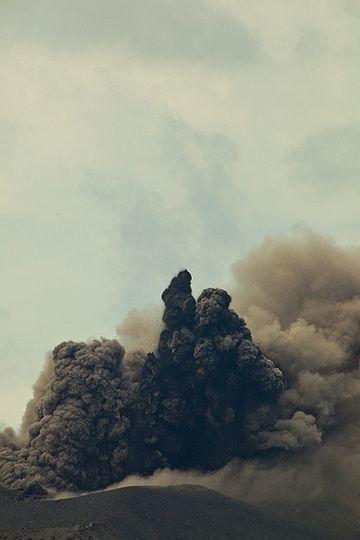 krakatau_i37012.jpg (Photo: Tom Pfeiffer)