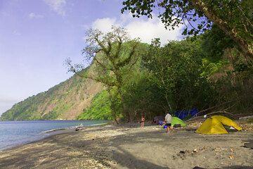 krakatau_e32420.jpg (Photo: Tom Pfeiffer)