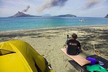 krakatau_e32749.jpg (Photo: Tom Pfeiffer)