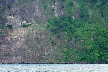 krakatau_e32965.jpg (Photo: Tom Pfeiffer)