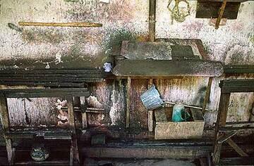 Batik making shop in Yogya (c)