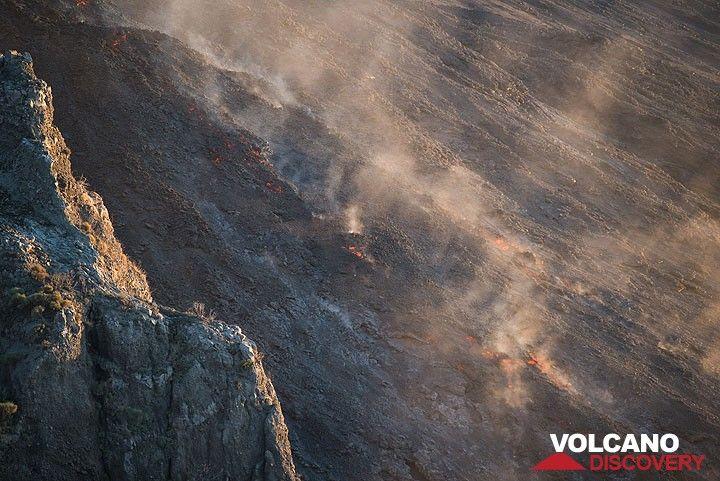 El frente de flujo activo de aprox. 500 m de altitud. (Photo: Tom Pfeiffer)