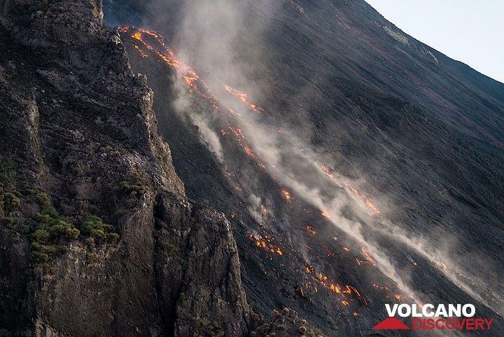 El frente de flujo de lava cerca de la escarpa Sciara. (Photo: Tom Pfeiffer)