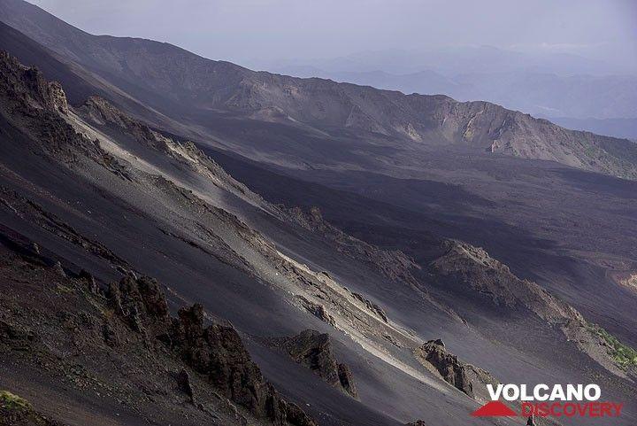 Valle del Bove (Etna) (Photo: Tom Pfeiffer)