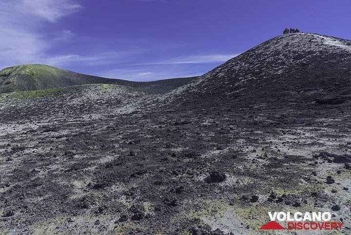 Southwestern part of Bocca Nuova crater rim (Photo: Tom Pfeiffer)
